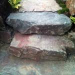 Treppe aus Bruchsteinplatten
